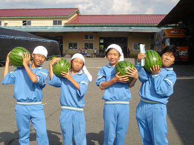 東京中学生、農村体験学習に_b0092684_7324457.jpg