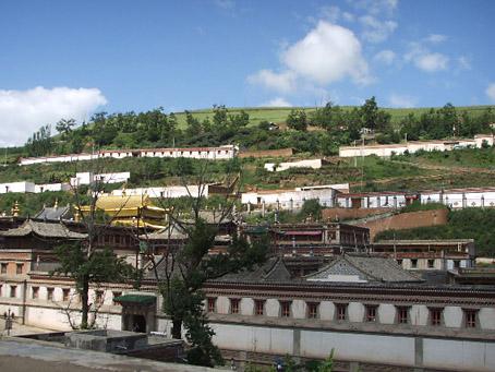 藏傳佛教及其他宗教_d0012530_2156434.jpg