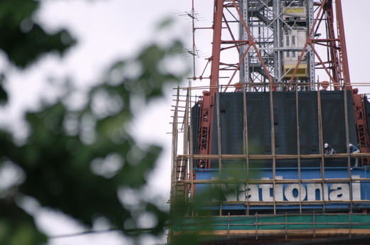 札幌TV塔の電光時計の工事_f0033205_7135856.jpg