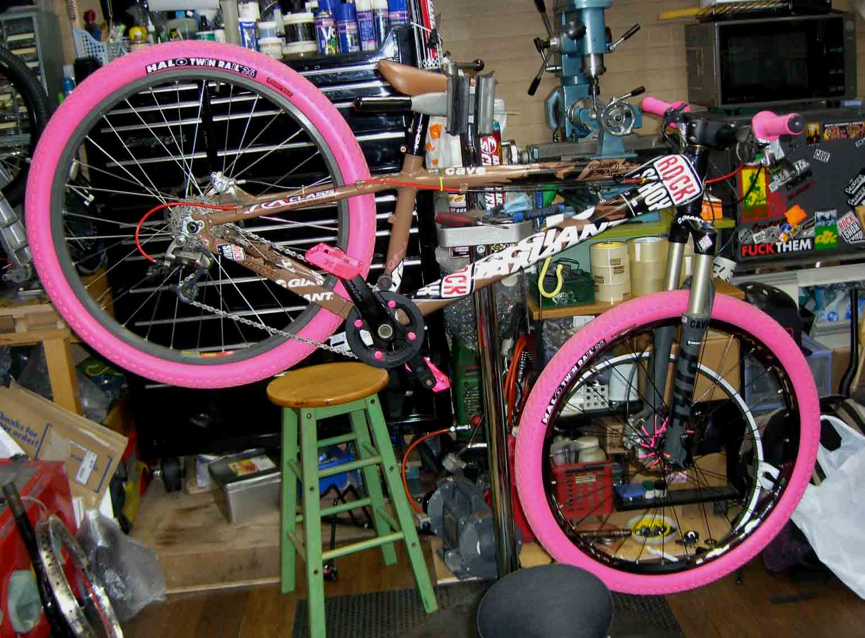 自転車の 自転車 シマノ 変速機 修理 : 駆動系はシマノ。クランクは ...