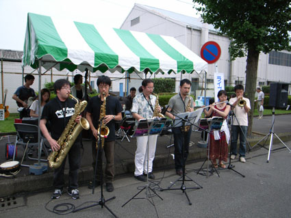 愛川勤労祭_a0037043_0261738.jpg