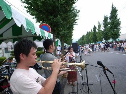 愛川勤労祭_a0037043_0263129.jpg