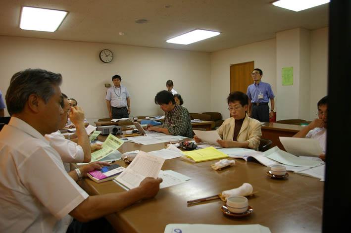岡山の笠岡市議会6議員が鎌倉団塊プロジェクトを行政視察_c0014967_851533.jpg