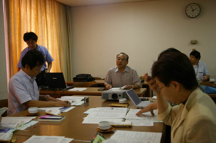 岡山の笠岡市議会6議員が鎌倉団塊プロジェクトを行政視察_c0014967_8521131.jpg