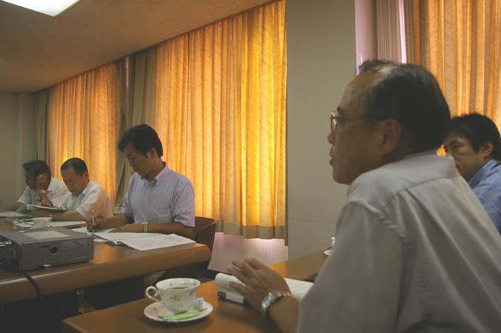岡山の笠岡市議会6議員が鎌倉団塊プロジェクトを行政視察_c0014967_90132.jpg