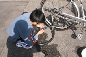 """自転車""""パンク修理博士""""_d0082356_1642044.jpg"""