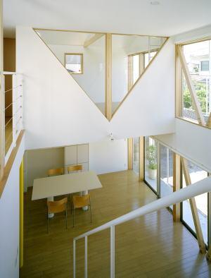 「高美台の家」完成によせて_b0096638_1645612.jpg