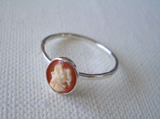 Mini cameo ring_f0009782_952115.jpg