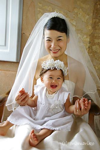 フランスの結婚式 古城ホテルと天使ちゃん_c0024345_6551834.jpg