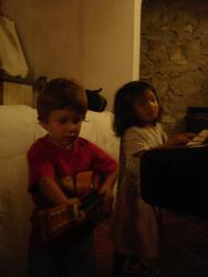 子供と音楽_f0106597_1754740.jpg