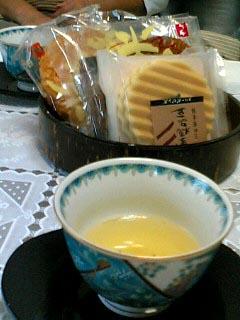 お茶のお誘い_f0019498_1953455.jpg