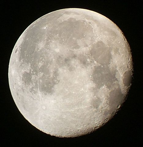 月齢16.3と17.3の月_e0089232_23274460.jpg