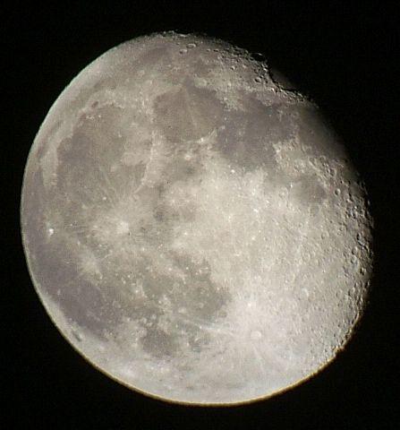 月齢16.3と17.3の月_e0089232_23275123.jpg