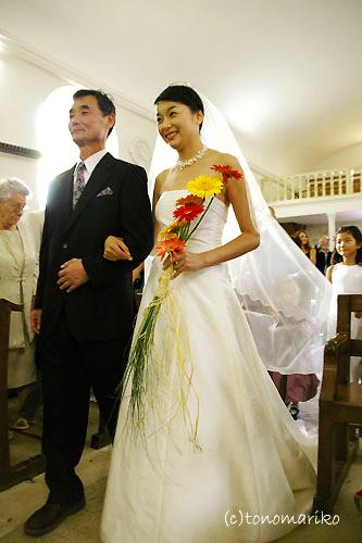 教会を終えて後半戦へ ~フランスの結婚式~_c0024345_9225333.jpg