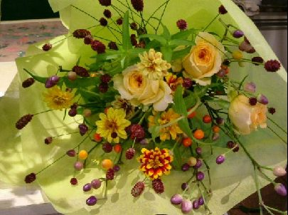オークリーフ花の教室(そまきさん(上)と落合さん(下)の作品_f0049672_8302448.jpg