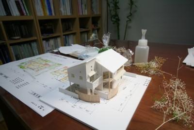"""""""四季を感じる家""""住宅模型が完成_d0082356_22504097.jpg"""