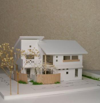 """""""四季を感じる家""""住宅模型が完成_d0082356_1120320.jpg"""