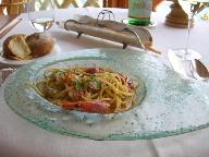 18日 06夏 南イタリアへの旅  taverna del capitanoで食事、その後ナポリへ。_a0059035_055072.jpg