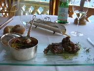 18日 06夏 南イタリアへの旅  taverna del capitanoで食事、その後ナポリへ。_a0059035_056978.jpg