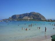 22日 06夏 南イタリアへの旅  シチリア島 パレルモへ_a0059035_7485899.jpg