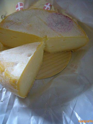 ■最近食したチーズ(ボルドー)_a0014299_130336.jpg