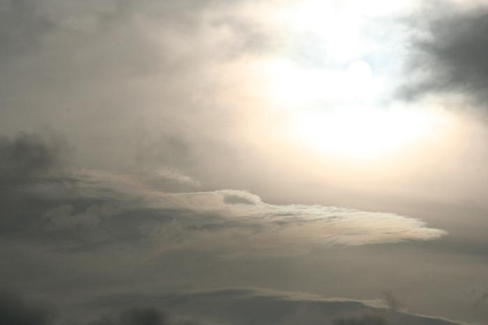 雲と雨の休日_e0077521_2029181.jpg