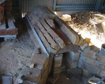 窖窯を作る/煙道_c0081499_21291119.jpg