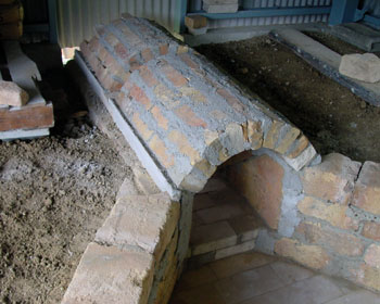 窖窯を作る/煙道_c0081499_2129237.jpg