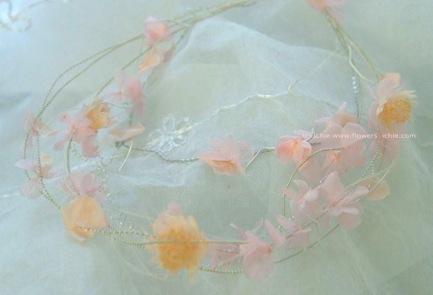 花嫁のアクセサリ プリザーブドの首飾り_a0042928_17163640.jpg