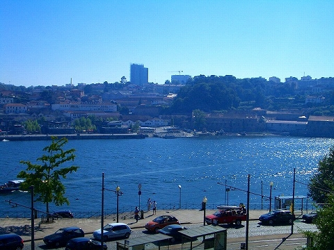 ポルトガル紀行:2日目(8/22) ポルトガル第2の都市「ポルト」_a0039199_21585734.jpg