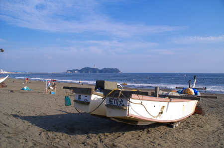 夏の終わりに海で肉を焼く_c0006767_1242380.jpg