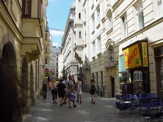 ウィーンのまちの魅力_a0079995_14501375.jpg