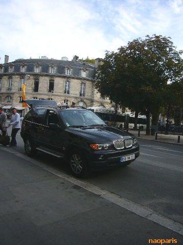 ■街角の車(ボルドー)_a0008105_21135763.jpg