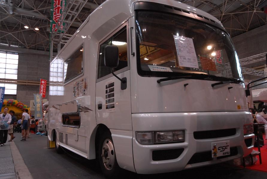 関西キャンピングカーショー_a0049296_16133931.jpg