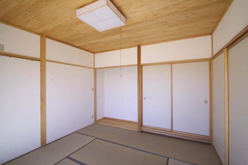 八郎潟の家12:完成1_e0054299_9391625.jpg