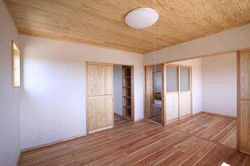 八郎潟の家13:完成2_e0054299_7354313.jpg