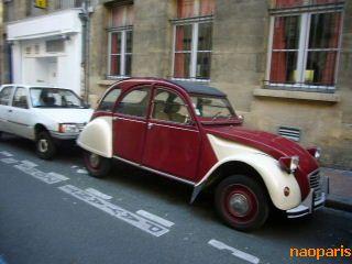 ■街角の車(ボルドー)_a0008105_115254.jpg