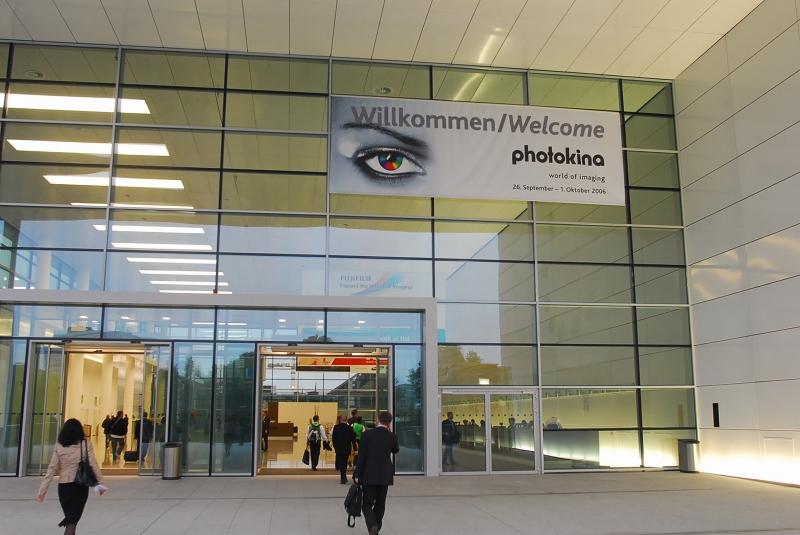 速報ドイツ ケルンメッセ フォトキナ2006大成功でした_f0050534_1246431.jpg