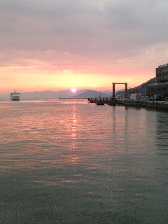 今日の夕焼けです♪_f0099147_231588.jpg