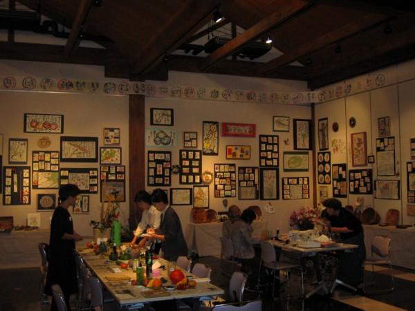 熊取絵手紙クラブ「ほのぼの絵手紙展」 初日_a0030594_2182460.jpg