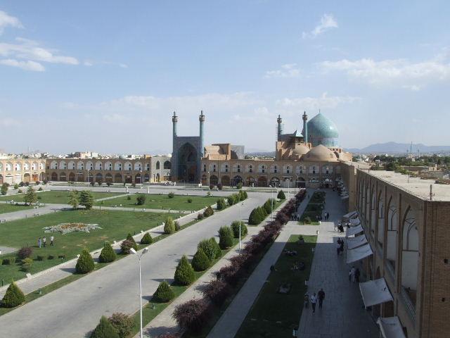イラン 【イマーム・モスク】_c0011649_0192580.jpg