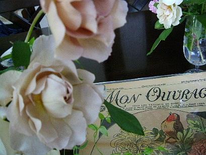 花のある帽子 ~♪エリック・サティ グノシエンヌ_f0007106_11458.jpg