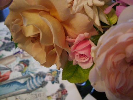 花のある帽子 ~♪エリック・サティ グノシエンヌ_f0007106_141638.jpg