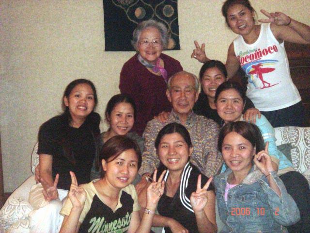 【6268】  ベトナム娘たち・・・会うは別れの始まりを想う_e0083820_9245532.jpg
