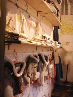 shop open です。_e0016687_1124439.jpg