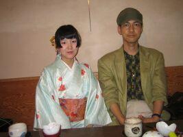 絵師・時実月夜さんと写真家・石本均志さん来廊_a0088892_1101241.jpg