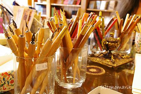 パリの香りいっぱいの文房具たち_c0024345_636297.jpg