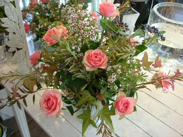 オークリーフ花の教室(小井土さんの作品)_f0049672_15263243.jpg