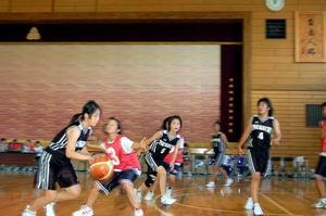 練習試合【中学女子バスケットボール】_d0010630_15564184.jpg