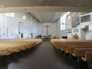 アールトデザインの神髄「ラハティの教会」_d0027290_024588.jpg
